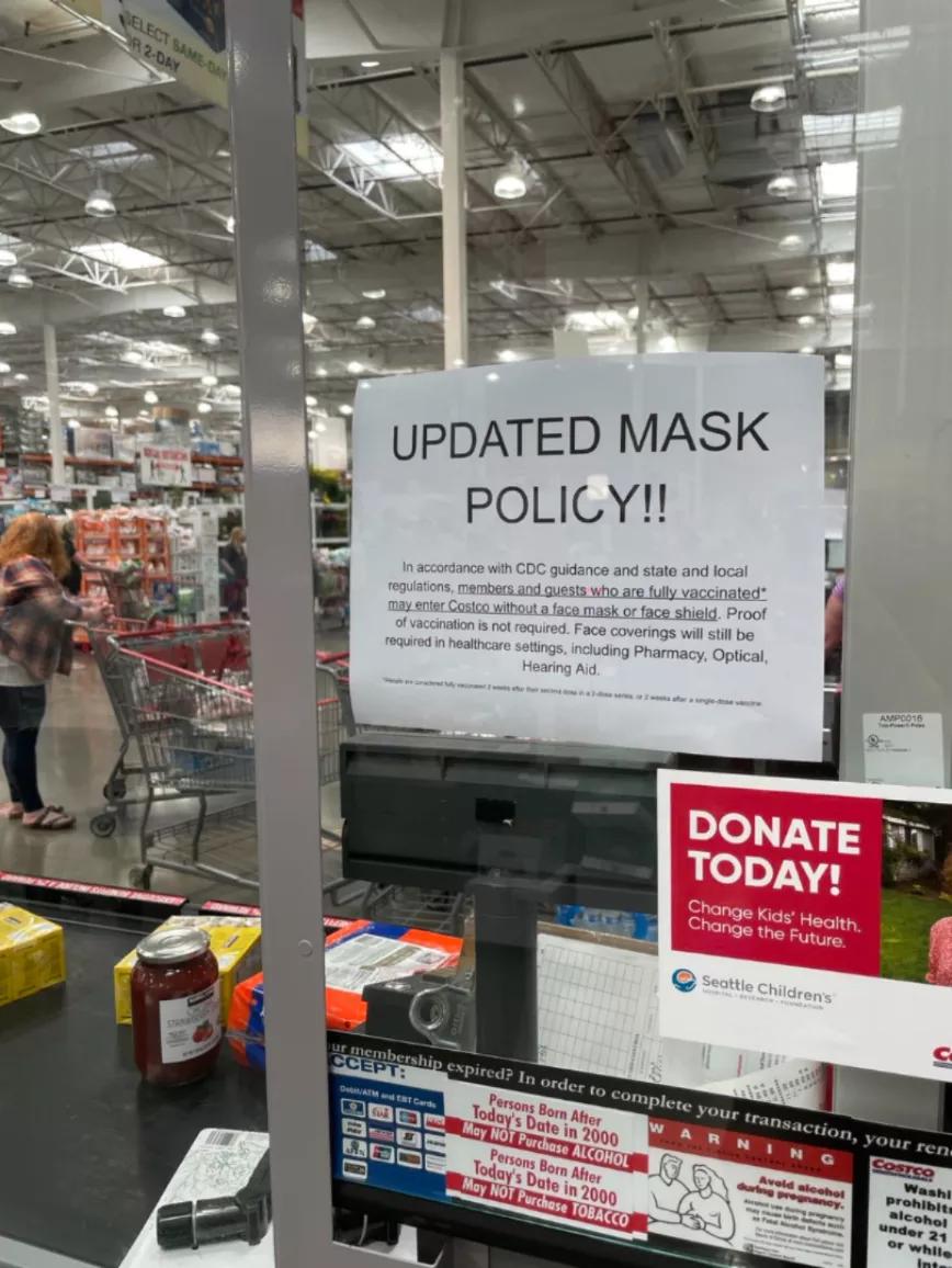 紧跟CDC步伐, Costco, 缺德舅, 沃尔玛宣布: 完全接种疫苗的顾客, 进店不用戴口罩?