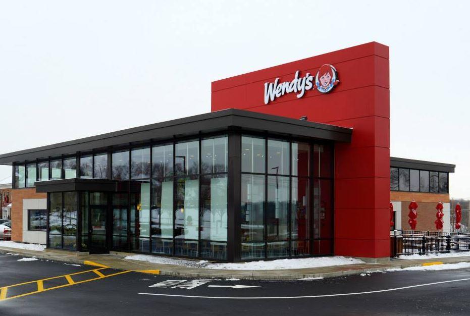 Wendy's 夏日大放送! 6月每周五免费送你一杯 Frosty (~6/25)
