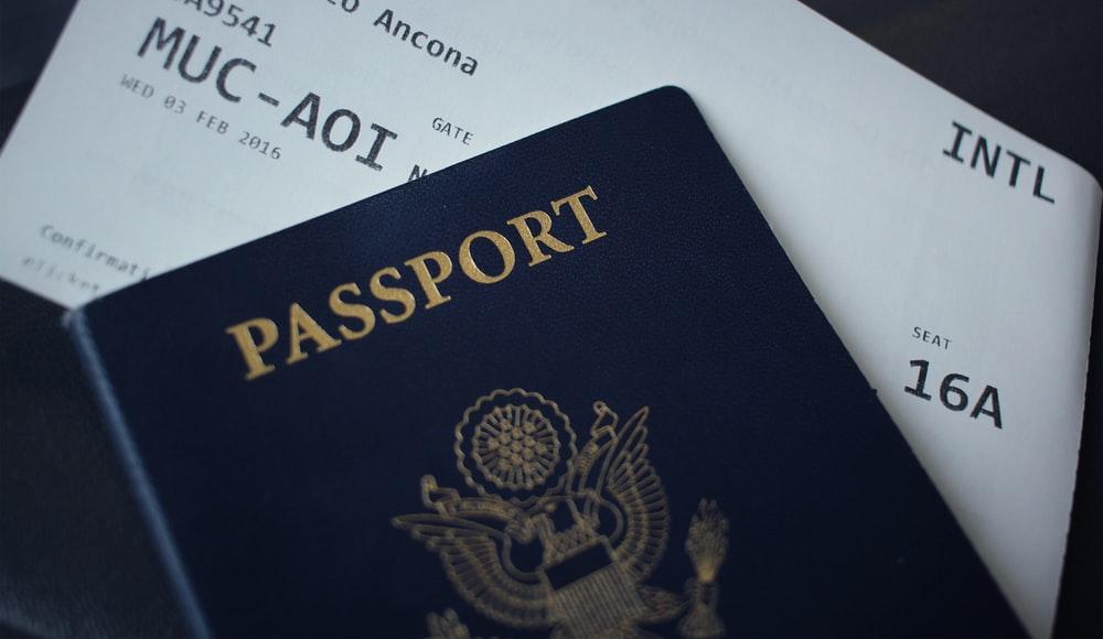 积压问题严重! 美国护照等待期长达3个月 建议提前半年申请