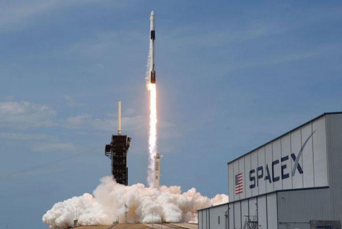 发射太空船至木星卫星 NASA选定SpaceX接手